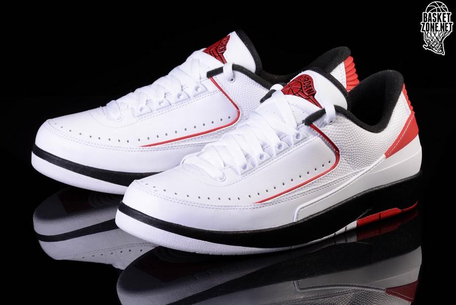 Jordan Low Nike Chicago 2 Retro Air Pour zSpLUVjqMG