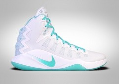 NIKE HYPERDUNK 2016 LIMITED EDITION