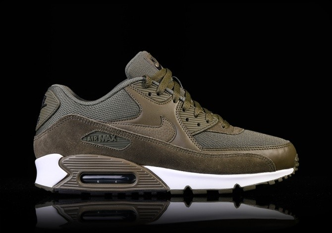 NIKE AIR MAX 90 ESSENTIAL MEDIUM OLIVE