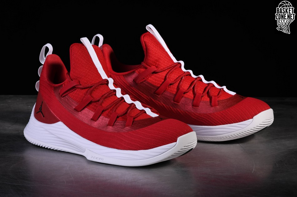 2ec01a64e7fa NIKE AIR JORDAN ULTRA.FLY 2 LOW GYM RED JIMMY BUTLER price €97.50 ...
