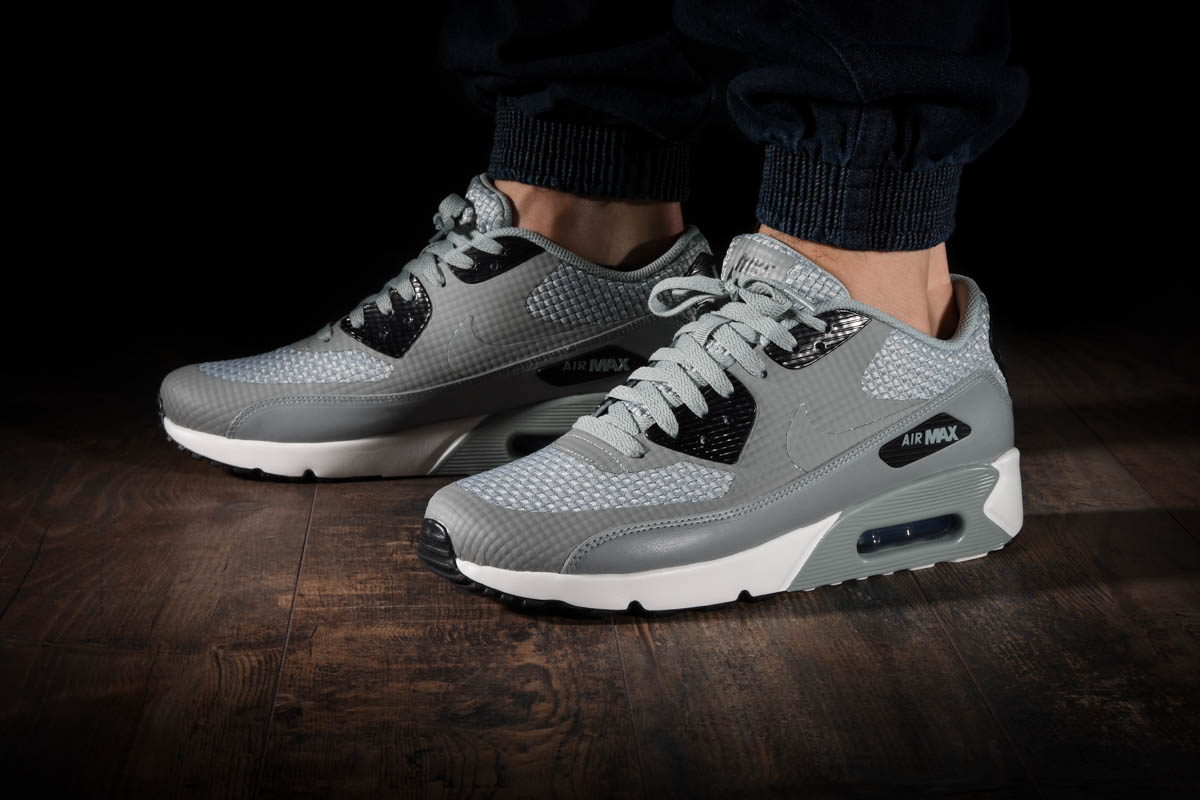 NIKE AIR MAX 90 ULTRA 2.0 SE für €150,00 |