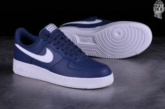 cheap for discount 41a10 31c85 NIKE AIR FORCE 1  07 BLUE RECALL