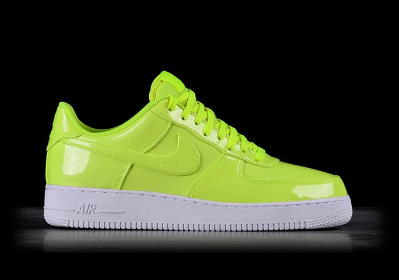 NIKE AIR FORCE 1 '07 LV8 UV VOLT