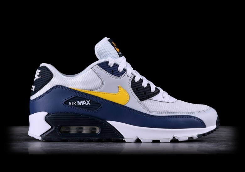 cheap for discount 5b3d0 a52f7 NIKE AIR MAX 90 ESSENTIAL MICHIGAN