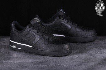 a361d1e24b0d NIKE AIR FORCE 1  07 BLACK pour €89