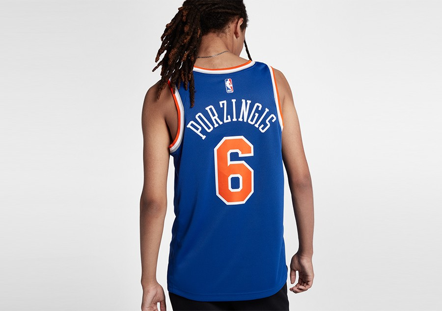 c74cccf2 NIKE NBA NEW YORK KNICKS KRISTAPS PORZINGIS ROAD SWINGMAN JERSEY RUSH BLUE