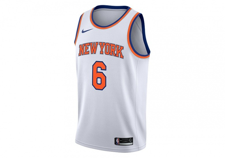NIKE NBA NEW YORK KNICKS KRISTAPS PORZINGIS SWINGMAN HOME JERSEY WHITE