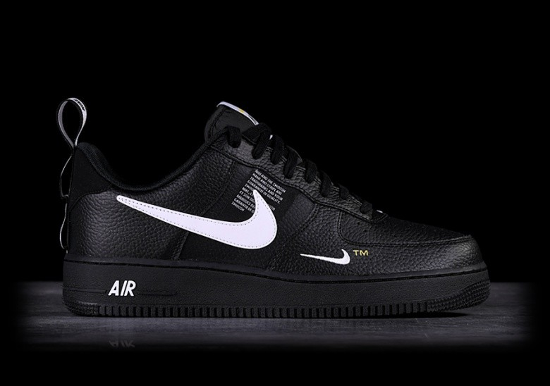 best website 64eb0 3bf9e NIKE AIR FORCE 1  07 LV8 UTILITY BLACK