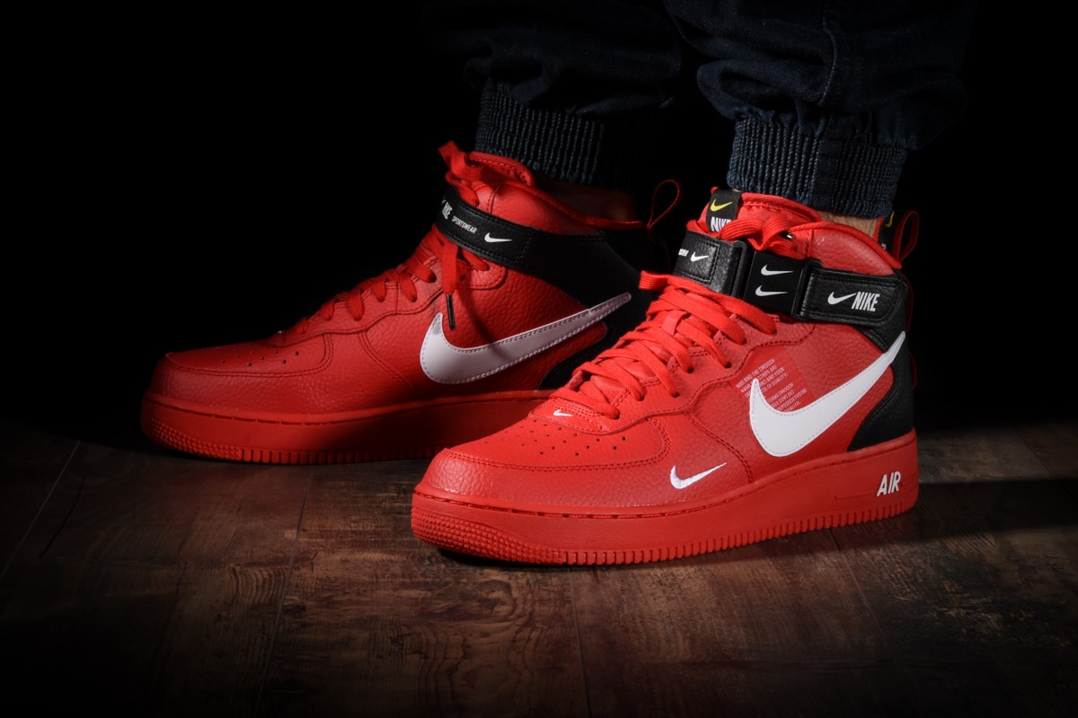 nike air force 1 utility rouge femme