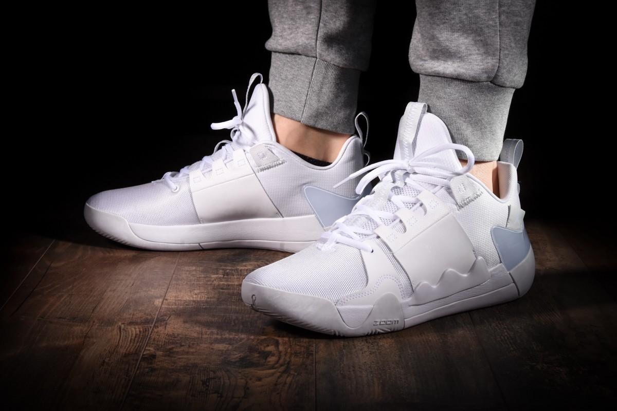 basket scarpe nike zoom zero gravity