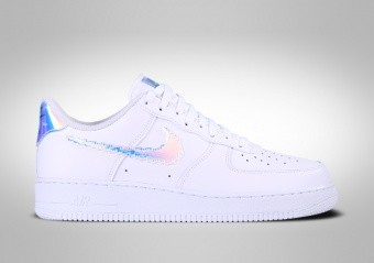 NIKE AIR FORCE 1 LOW IRIDESCENT PIXEL